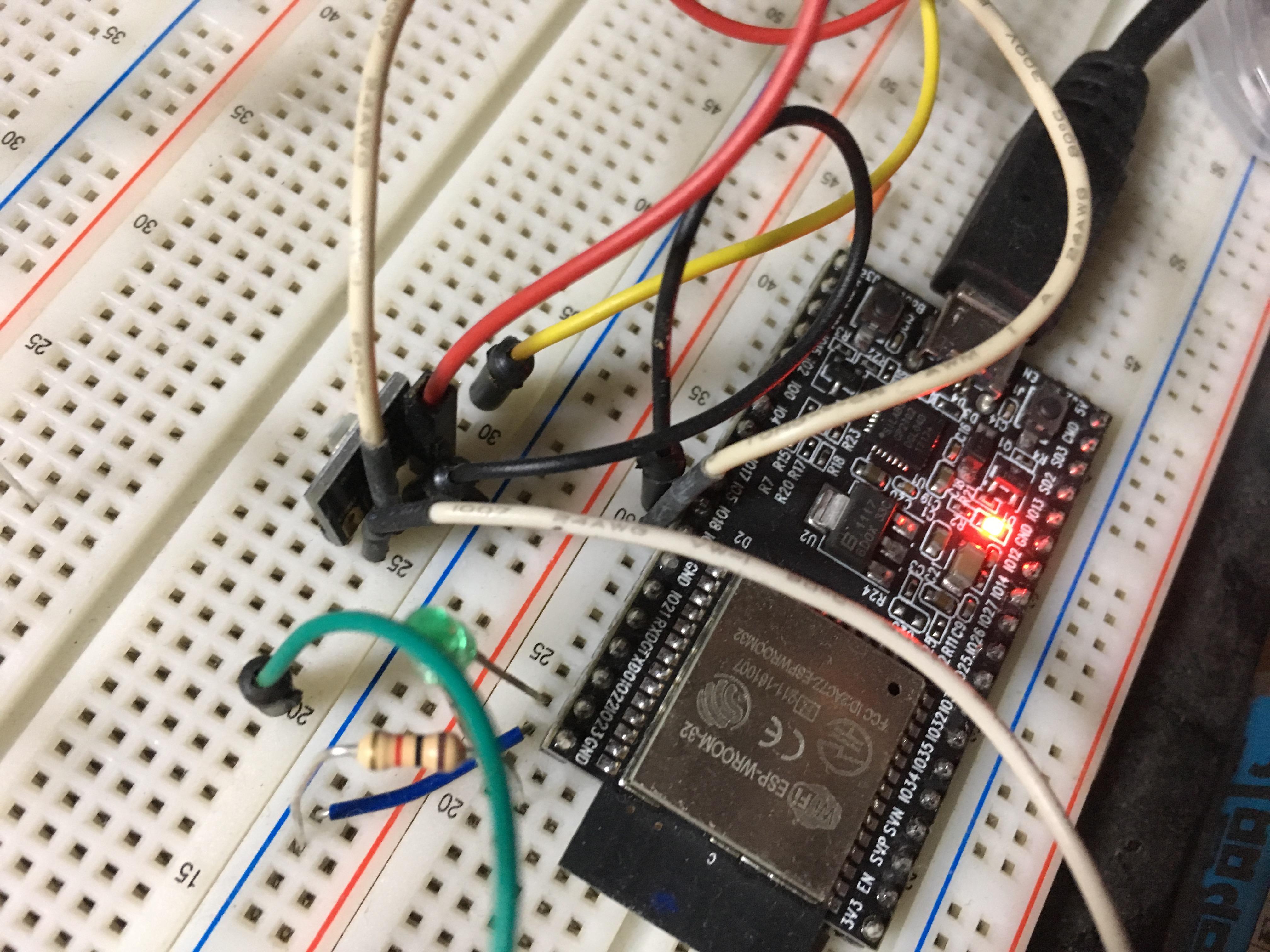 ESP32とカラーセンサをI2Cで通信している